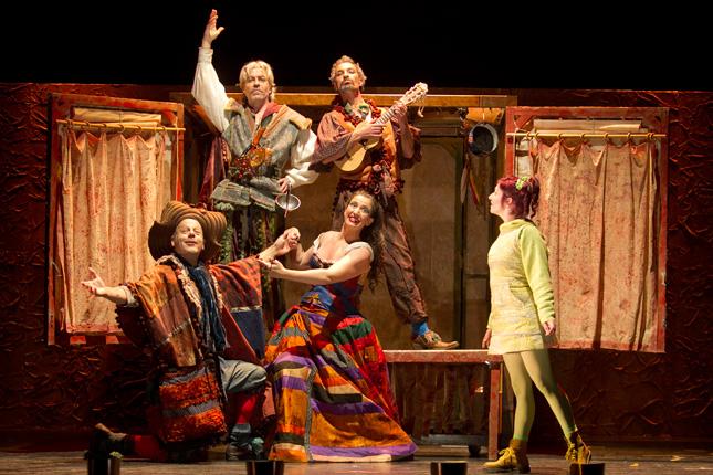 Julia un viaje teatr stico teatro cl sico de sevilla for La cocina obra de teatro